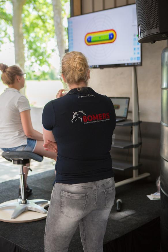 Flexchair-bomers-dierfysiotherapie,-Bomers-Dry-Needling-Flex-Chair-2